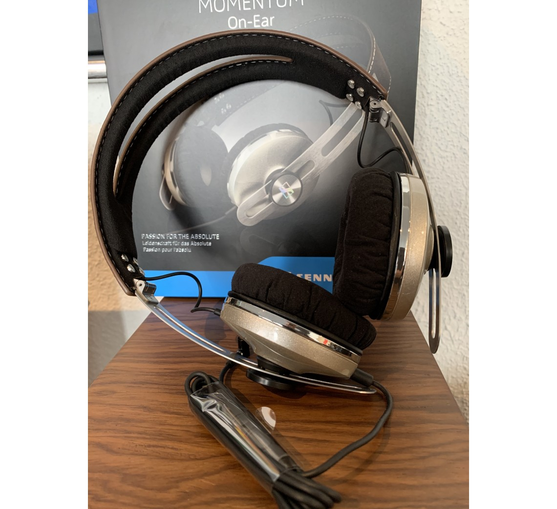 Sennheiser Momentum 2 on-ear