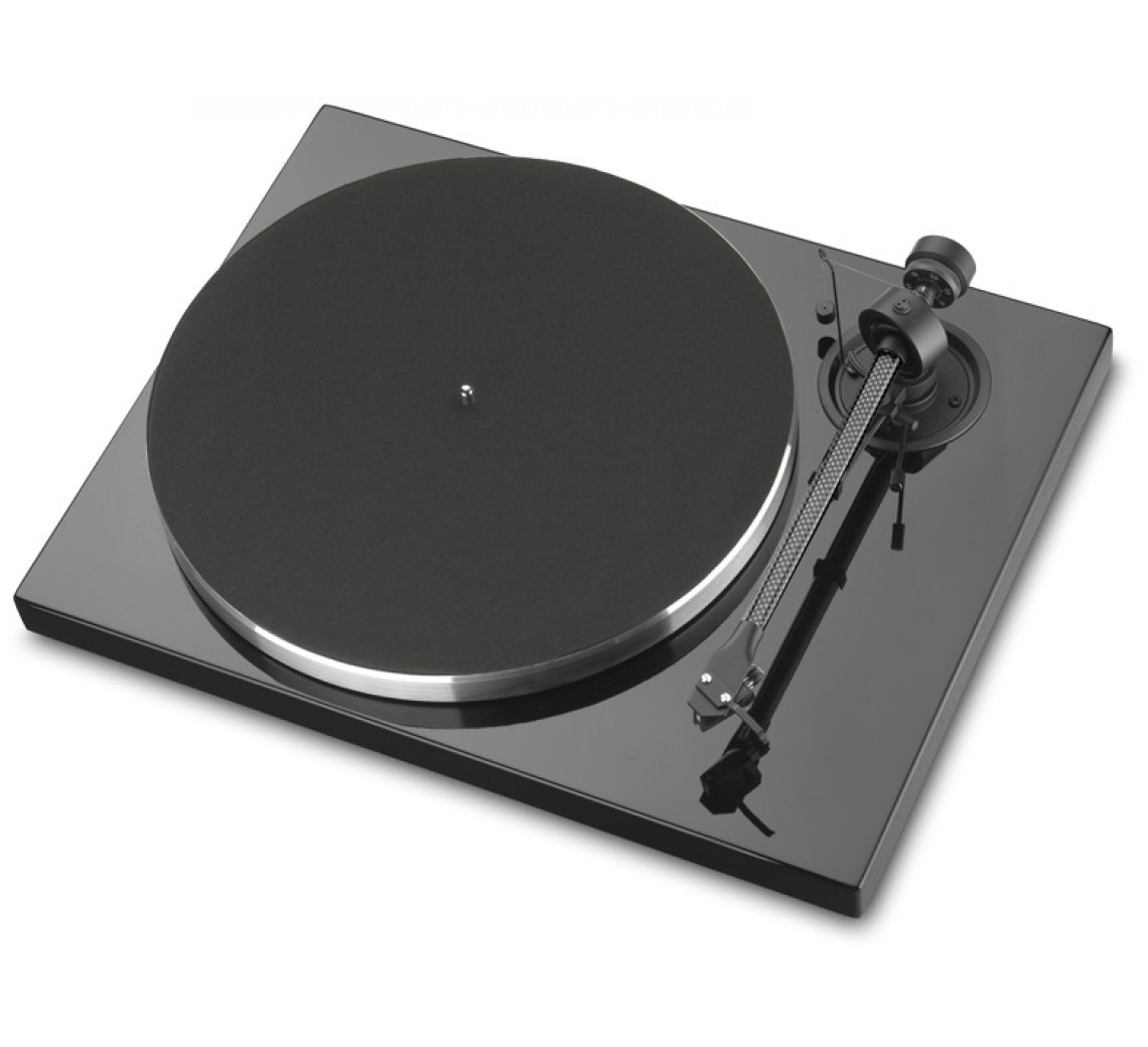 Pro-Ject 1XPression Carbon Classic-01